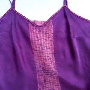 Hedvábné fialové tílko